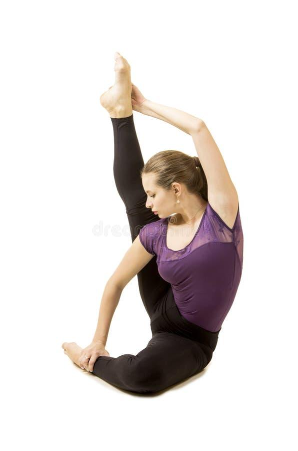 Ragazza con capelli lunghi che ballano balletto moderno immagini stock libere da diritti