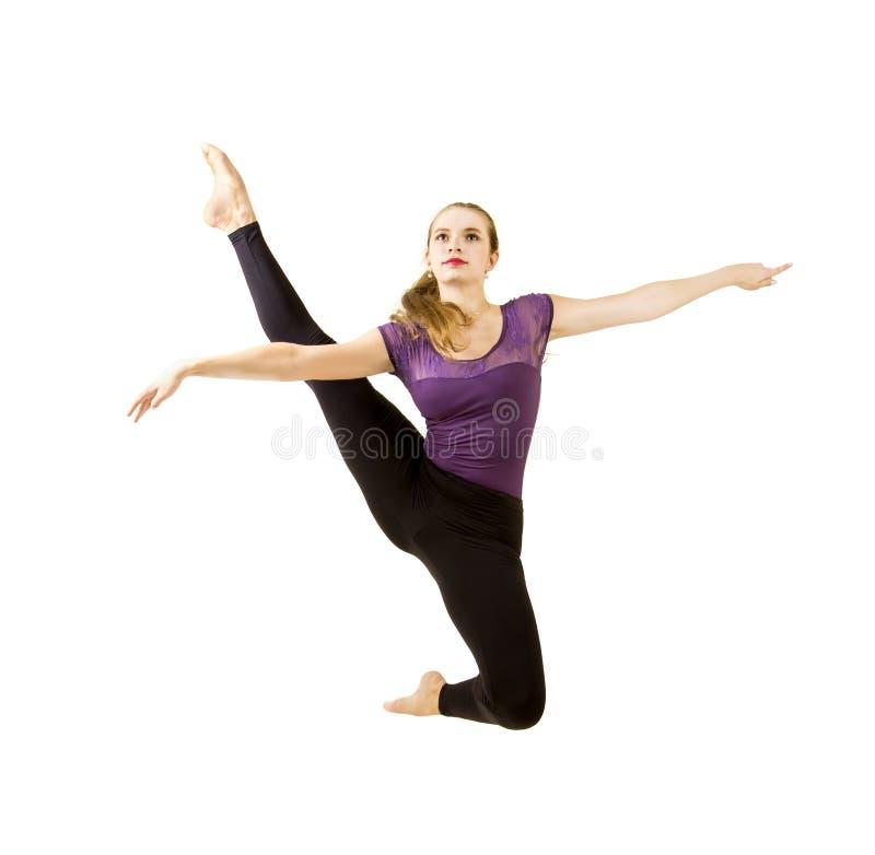 Ragazza con capelli lunghi che ballano balletto moderno immagine stock libera da diritti