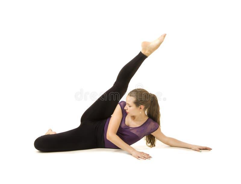 Ragazza con capelli lunghi che ballano balletto moderno immagine stock