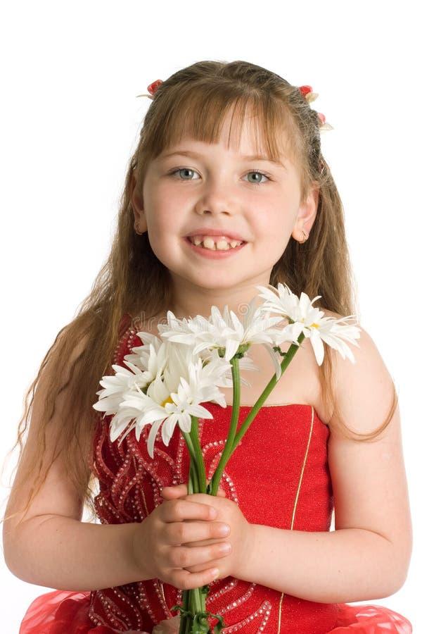 Ragazza con i fiori bianchi fotografia stock libera da diritti