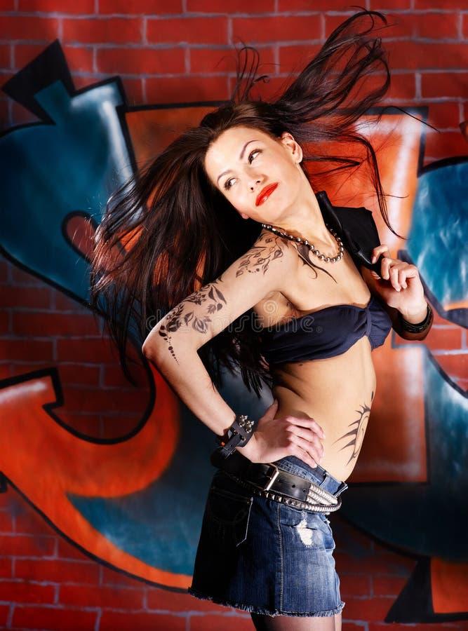 Ragazza con il corpo art. fotografia stock libera da diritti