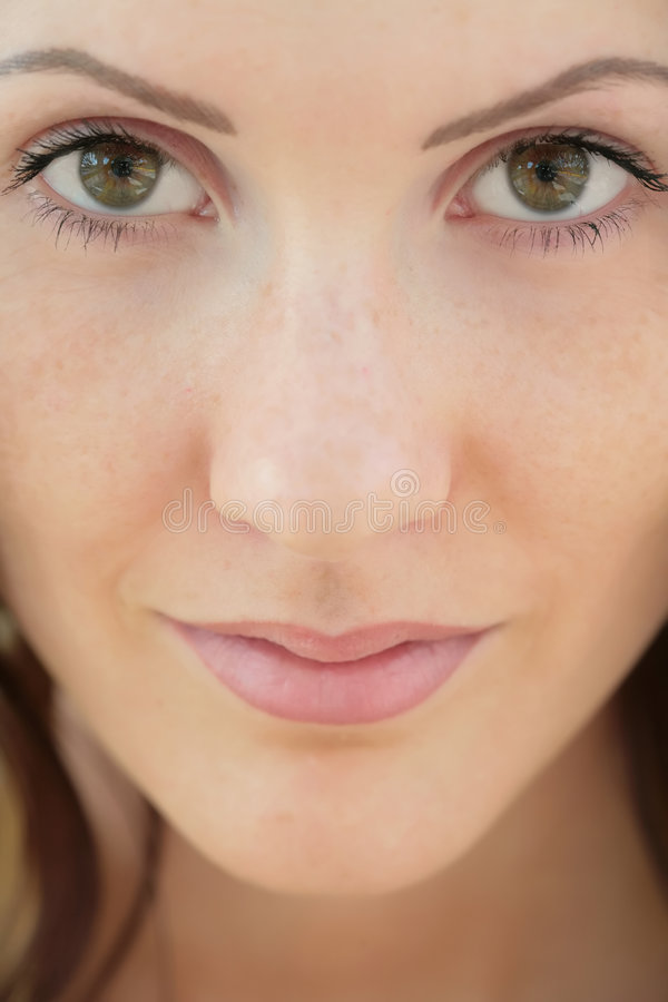 Ragazza con l'occhio verde, primo piano fotografia stock
