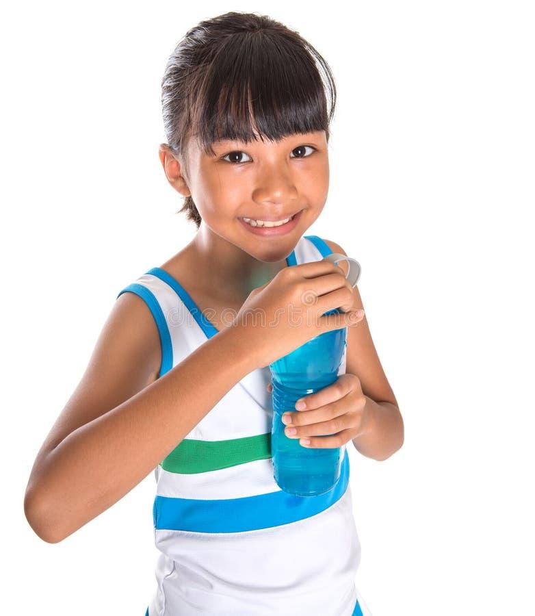 Ragazza con la bottiglia di acqua VII immagini stock libere da diritti