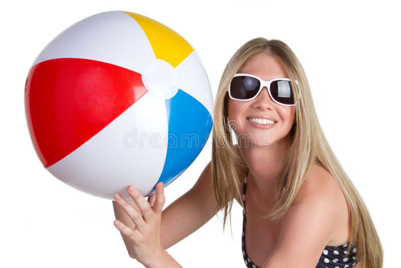 Ragazza con la sfera di spiaggia fotografia stock