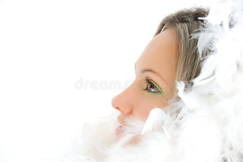 Ragazza con le piume bianche immagini stock