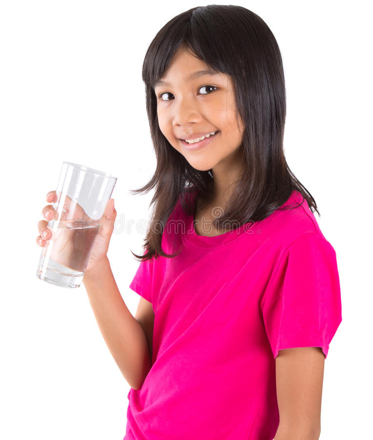 Ragazza con un bicchiere d'acqua VII fotografie stock libere da diritti