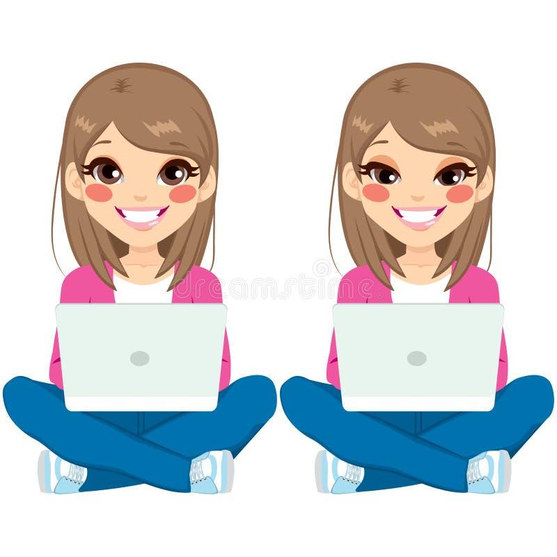Ragazza dell'adolescente che si siede con il computer portatile royalty illustrazione gratis