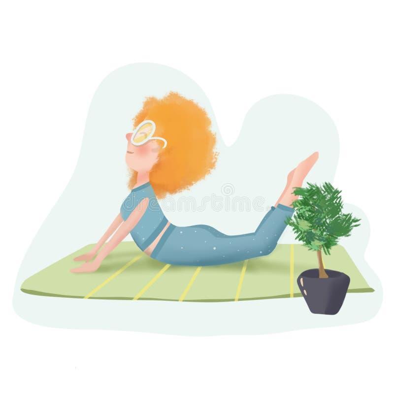 Ragazza della testarossa in vetri che fanno yoga a casa sul pavimento immagini stock libere da diritti