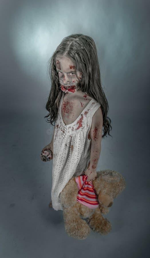 Ragazza dello zombie fotografie stock