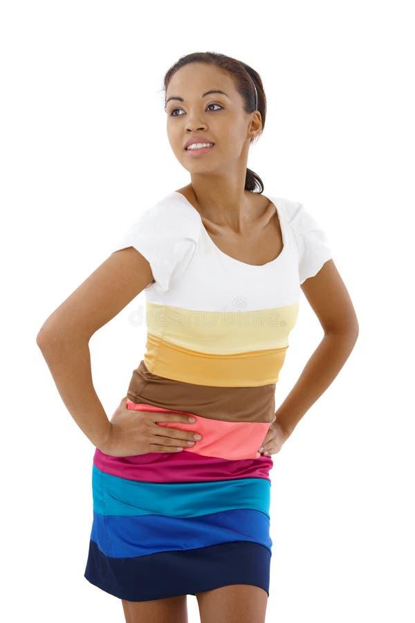 Ragazza di afro in vestito a strisce fotografia stock libera da diritti