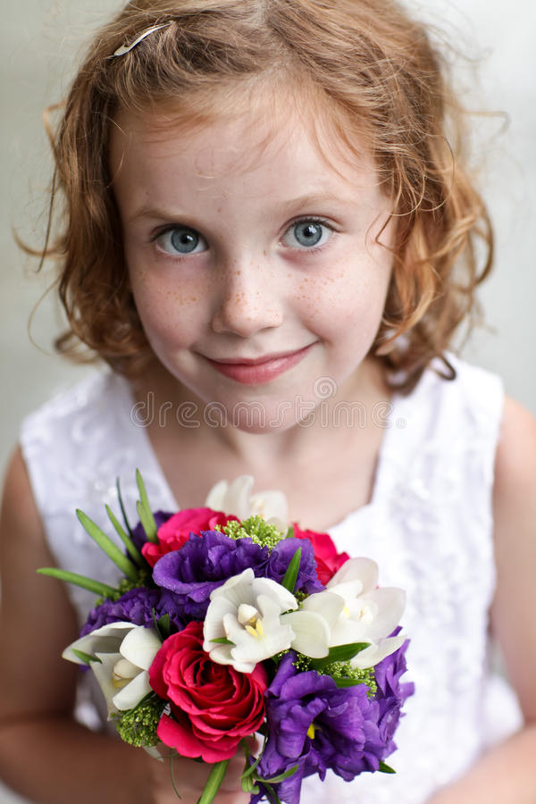 Ragazza di fiore fotografia stock libera da diritti