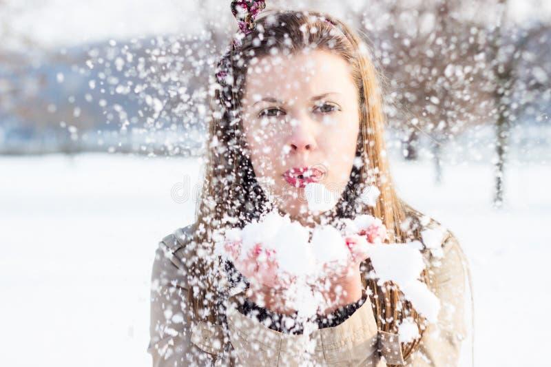 Ragazza di inverno immagini stock