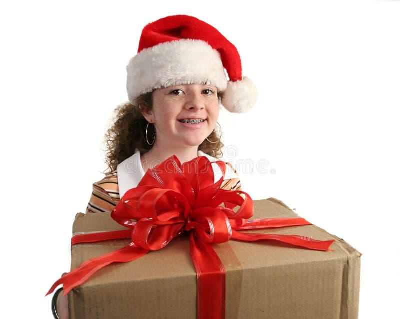 Download Ragazza Di Natale Con Le Parentesi Graffe Fotografia Stock - Immagine di pelliccia, etnico: 220392