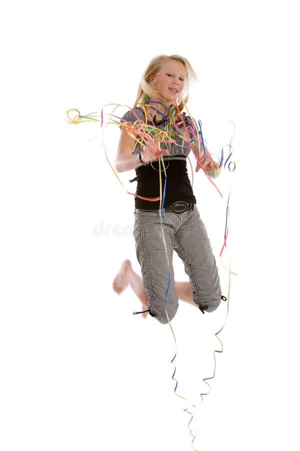 Download Ragazza di salto fotografia stock. Immagine di background - 7315648