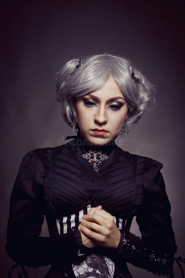 Ragazza gotica triste fotografia stock