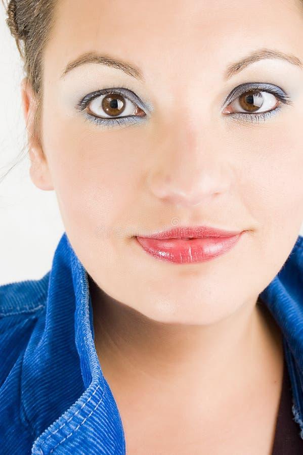 Ragazza graziosa in azzurro fotografia stock libera da diritti