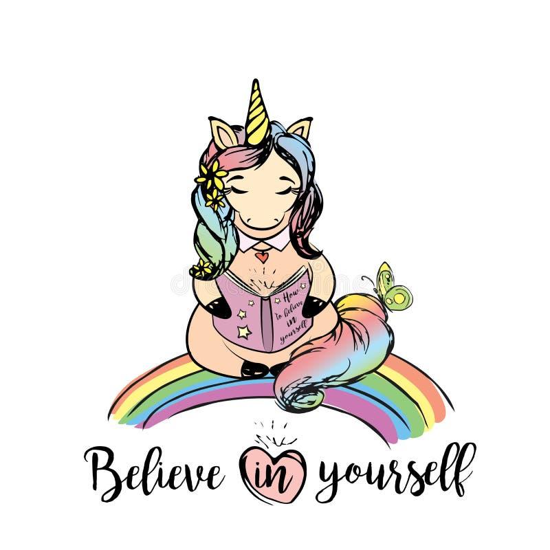 Ragazza graziosa dell'unicorno che si siede su un arcobaleno e che legge un libro royalty illustrazione gratis