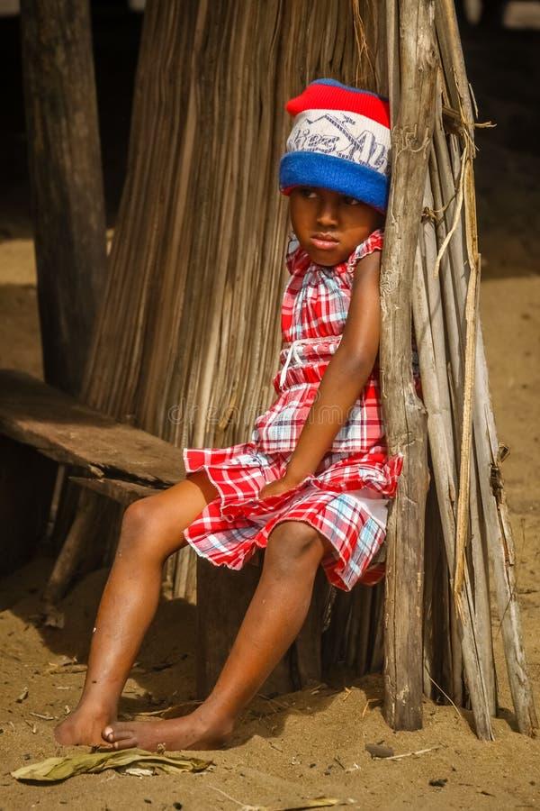 Ragazza malgascia triste fotografia stock