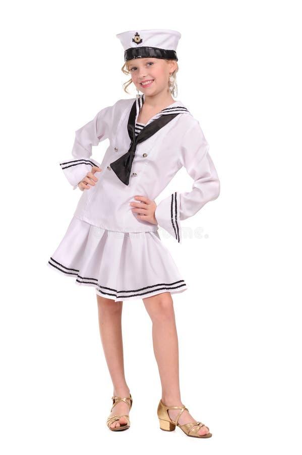 Ragazza nel vestito di marinaio fotografie stock libere da diritti