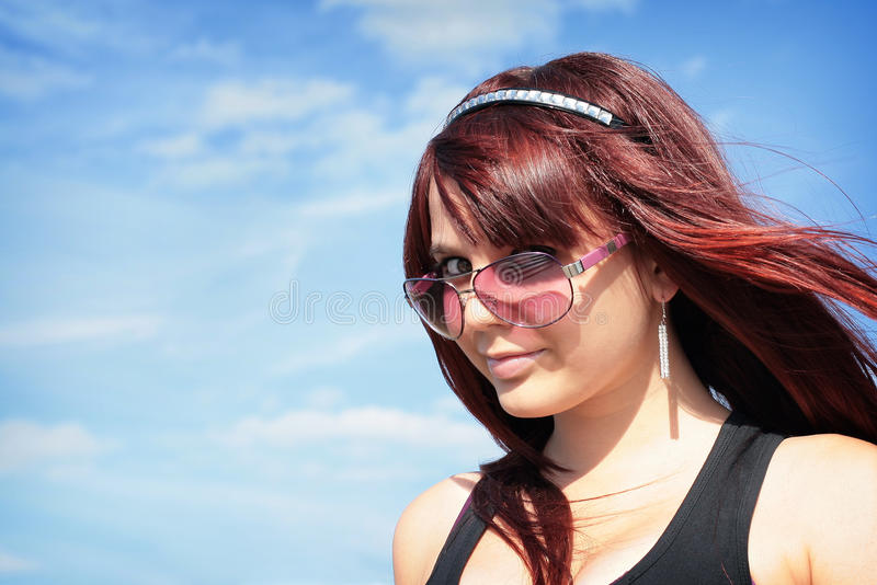 Ragazza in occhiali da sole immagini stock