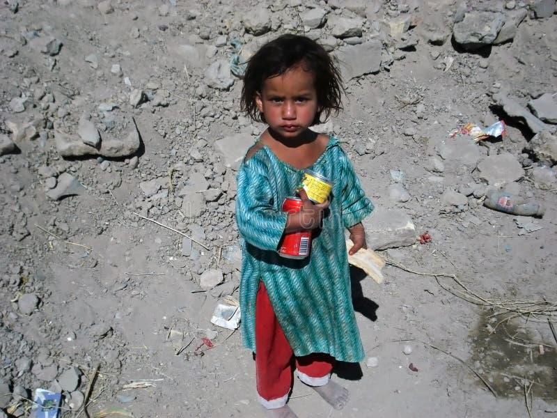 Ragazza povera nell'Afghanistan immagine stock