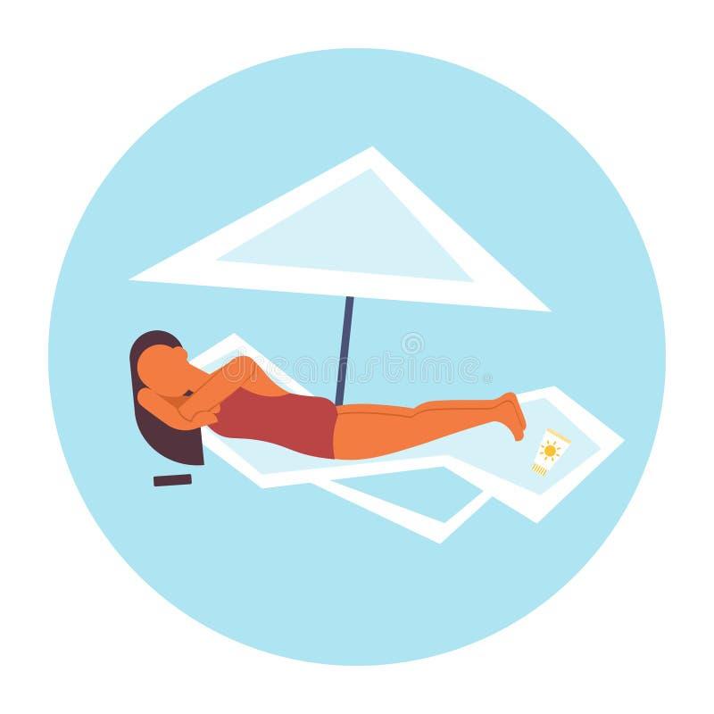 Ragazza prendente il sole della donna del bikini in costume da bagno che si trova sulla chaise-lounge del sole nell'ambito del ca illustrazione vettoriale