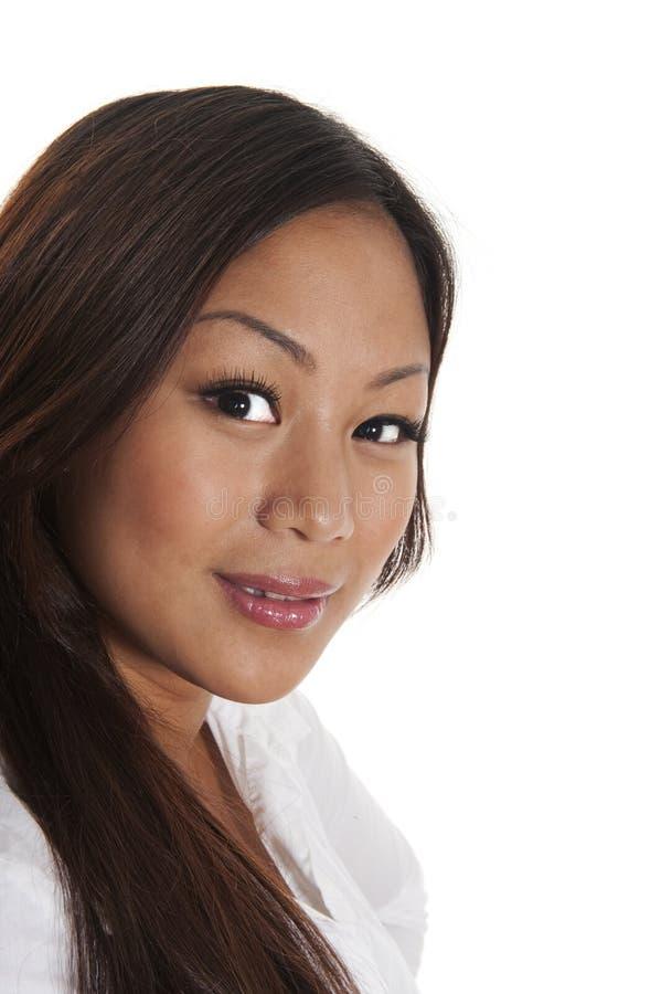 Ragazza sorridente asiatica fotografie stock libere da diritti