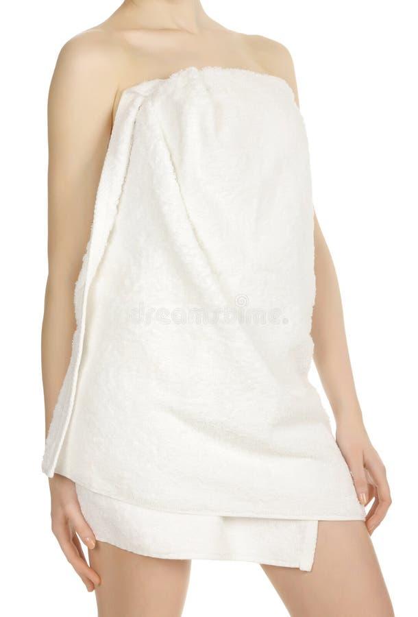Ragazza Spostata In Un Tovagliolo Bianco Fotografia Stock