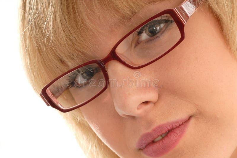 Ragazza sveglia in occhiali/occhiali fotografia stock