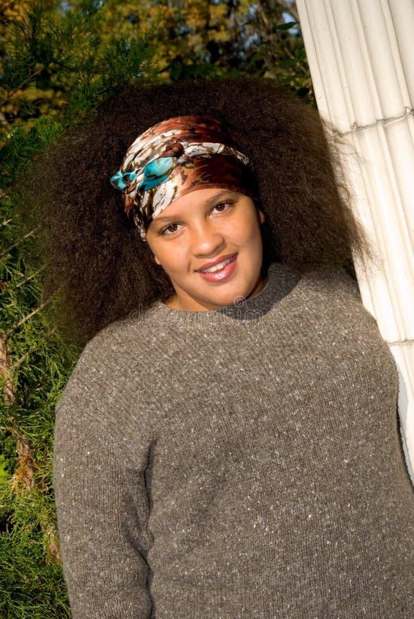 Ragazza teenager dell'afroamericano immagini stock libere da diritti