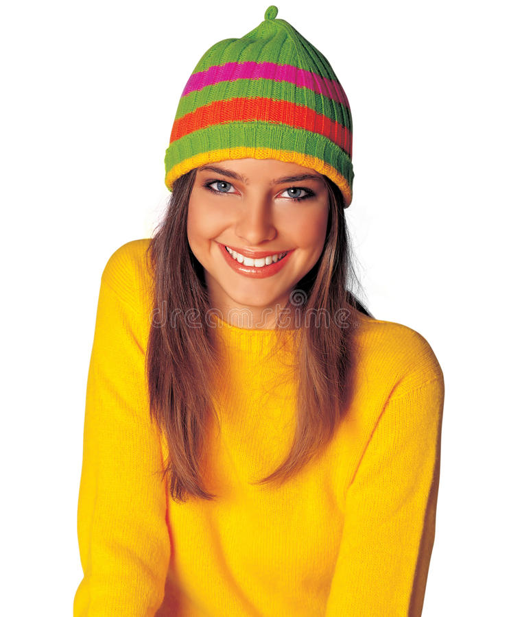 Ragazza teenager in vestiti gialli di inverno fotografie stock