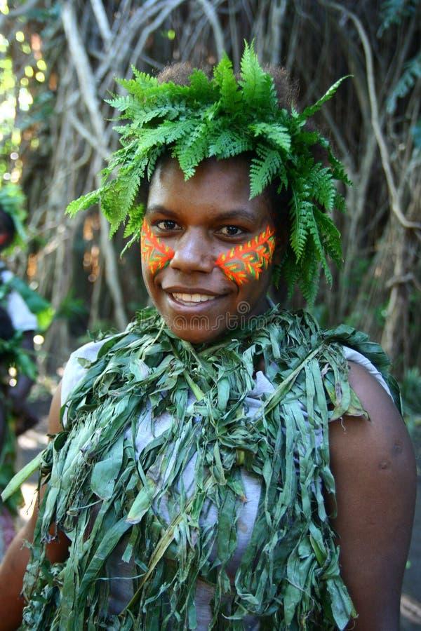 Ragazza tribale del villaggio del Vanuatu fotografie stock libere da diritti