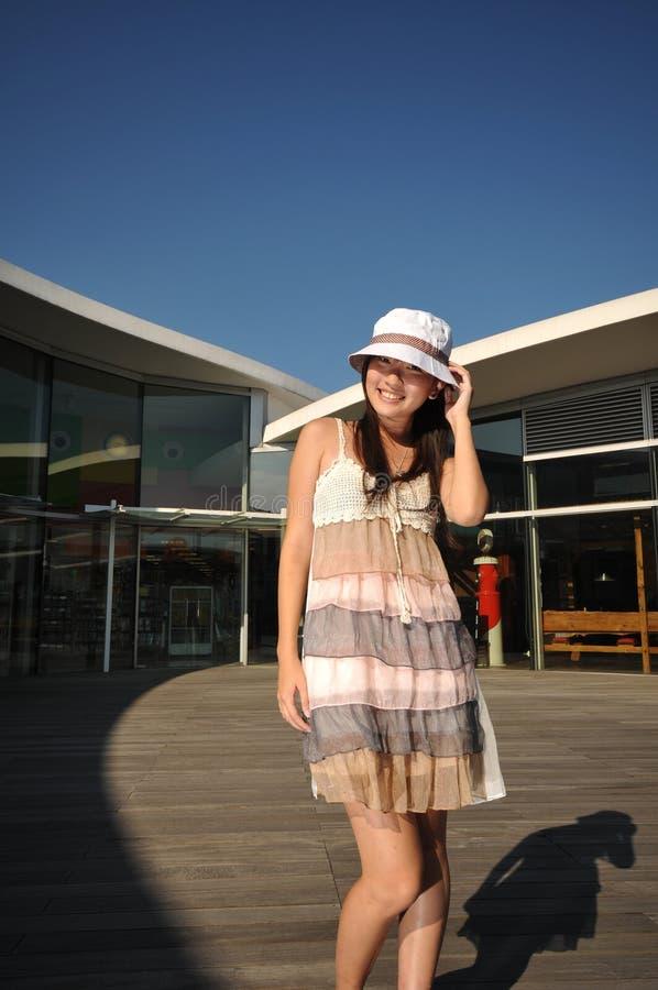 Ragazza turistica asiatica cinese 2 d'acquisto fotografie stock