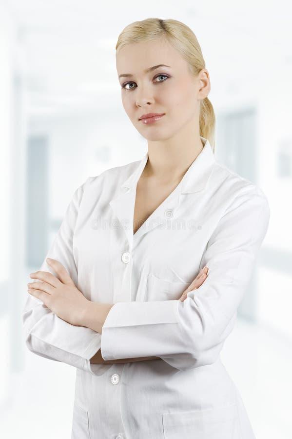 Ragazza in vestito medico fotografia stock