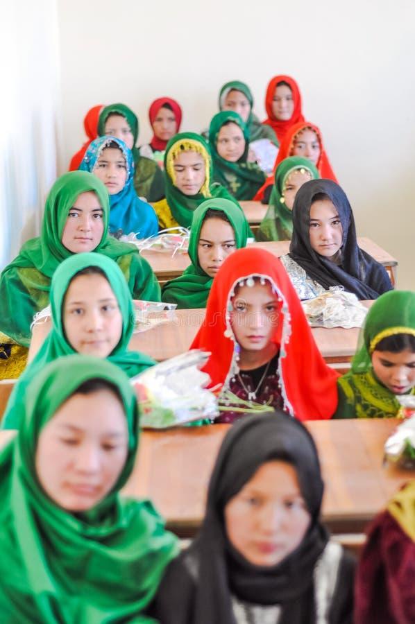 Ragazze alla scuola di ADRA in Afghanistan fotografia stock