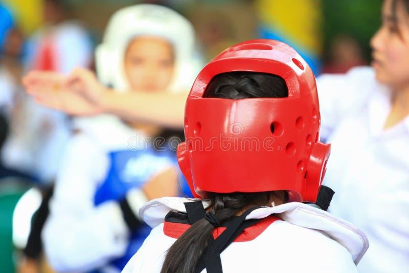 Ragazze che combattono il Taekwondo fotografia stock