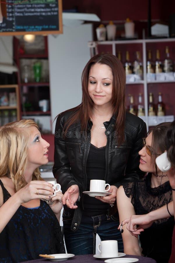 Ragazze del caffè fotografie stock libere da diritti