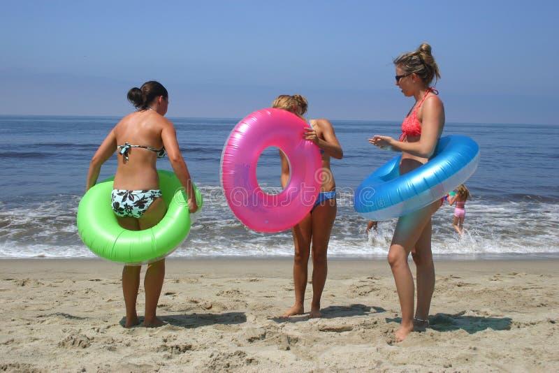 Ragazze della spiaggia fotografia stock