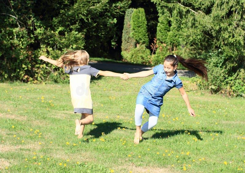 Ragazze di dancing fotografia stock libera da diritti