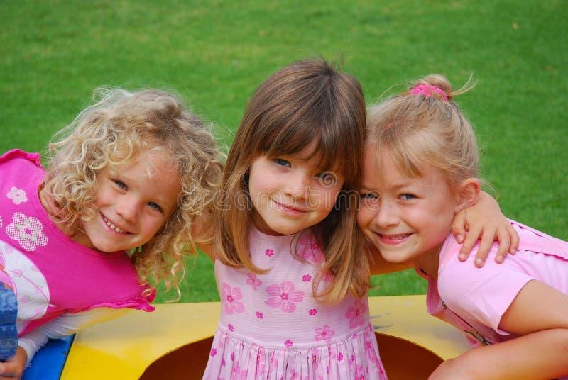 ragazze felici piccolo immagini stock libere da diritti