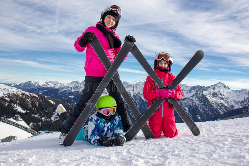 Ragazze sulla neve fotografia stock