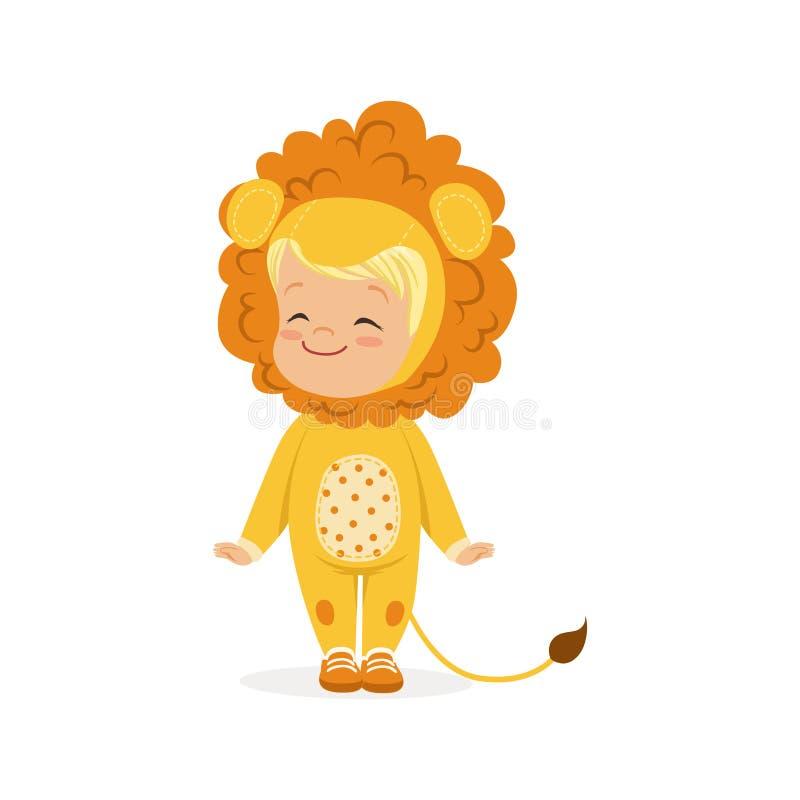 Ragazzino felice sveglio vestito come cucciolo di leone, illustrazione di vettore del costume di carnevale dei bambini illustrazione di stock