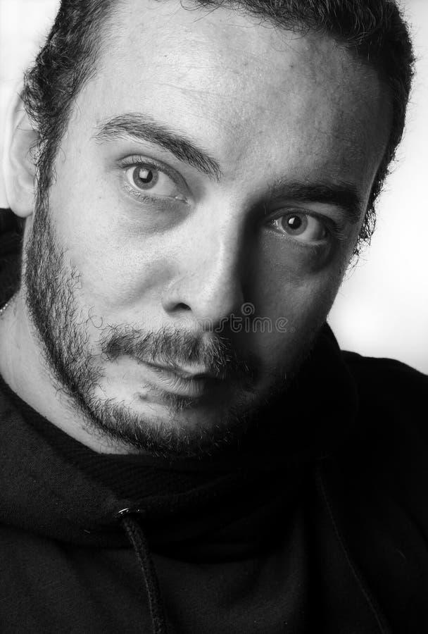 Ragazzo caucasico in studio fotografie stock libere da diritti