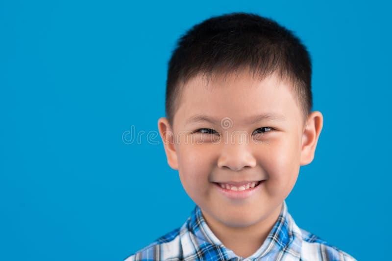 Ragazzo cinese felice fotografia stock libera da diritti