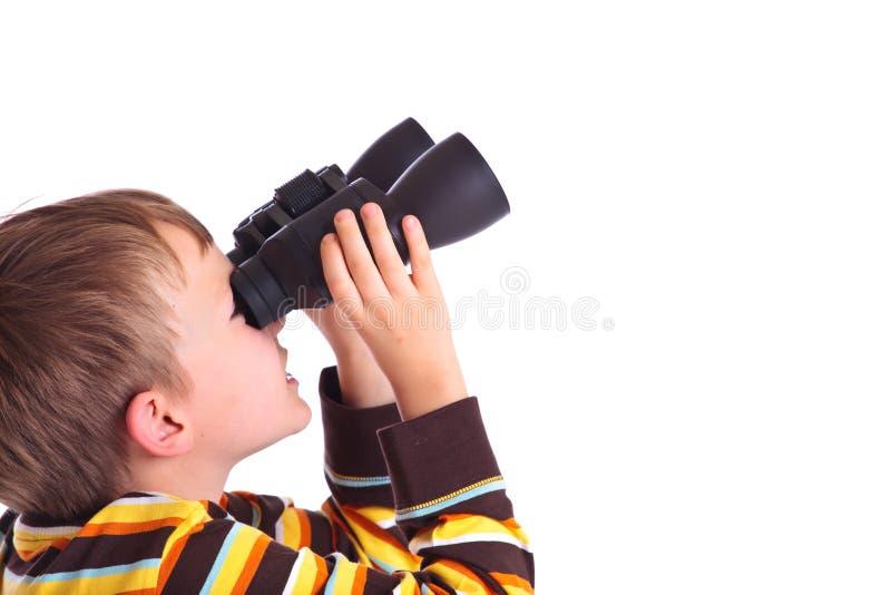 Ragazzo con il binocolo immagini stock libere da diritti