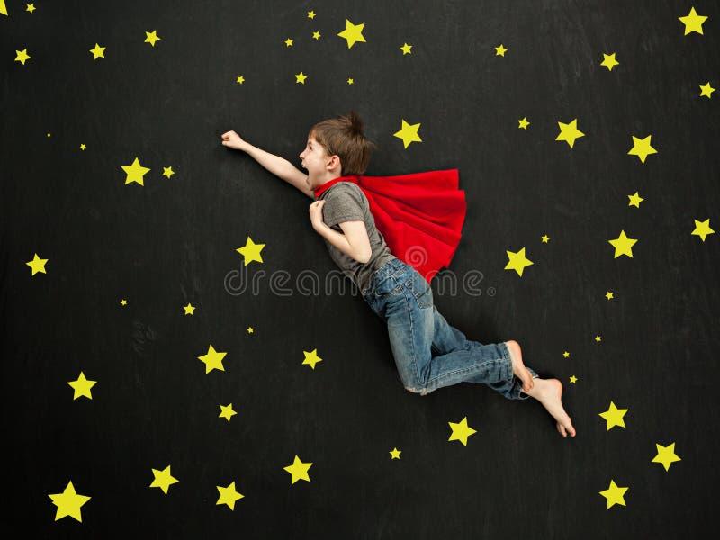 Ragazzo del supereroe immagine stock libera da diritti