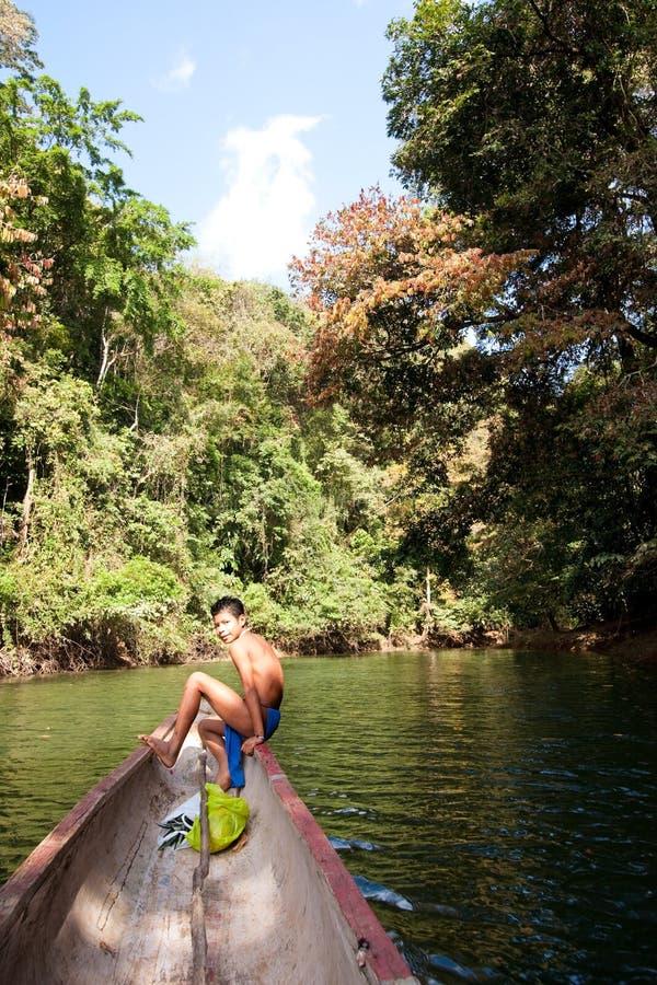 Ragazzo di Embera immagini stock libere da diritti