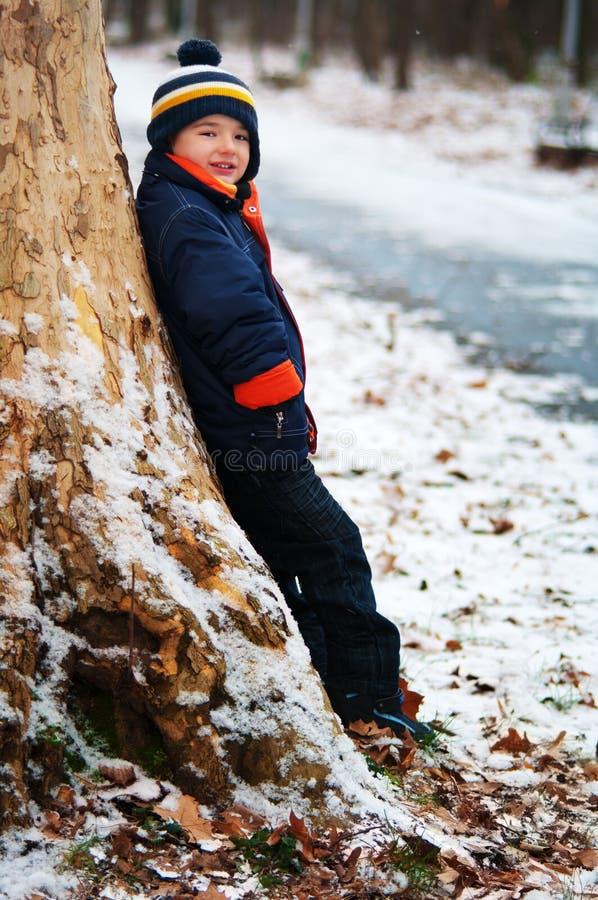 Ragazzo di inverno fotografie stock libere da diritti