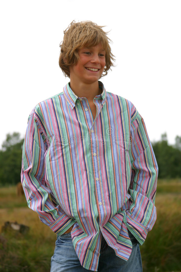 Ragazzo giovane di risata fotografia stock