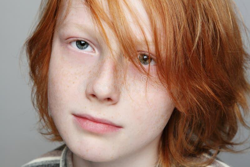 Download Ragazzo teenager fotografia stock. Immagine di freckles - 28388826